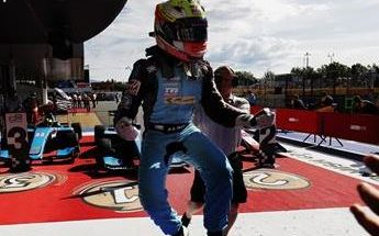 Maini win first race in GP3 in Barcelona