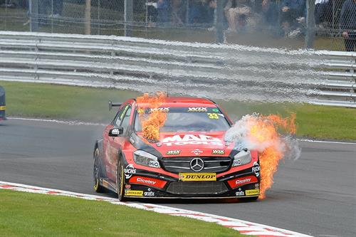 Reigning champ Gordon Shedden jumped to the top of the standings after a strong points haul at Oulton Park