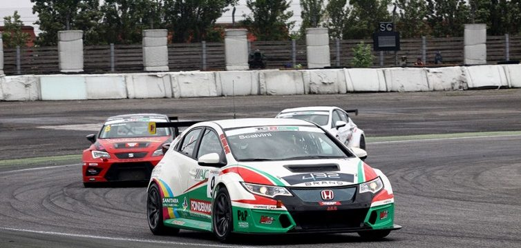 TCR ITALY – DOUBLE VICTORY FOR ERIC SCALVINI