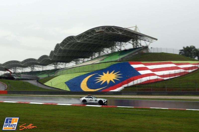 Follow first practice for the Malaysian GP!