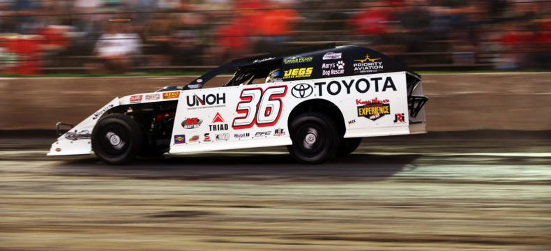 Kenny Wallace talks love of dirt racing