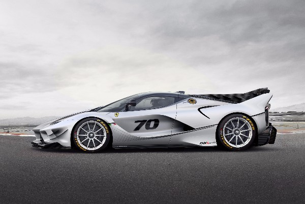 FERRARI FXX-K EVO: AN INNOVATIVE NEW PACKAGE FOR THE LABORATORY CAR