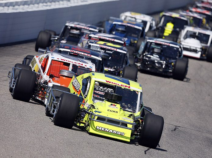 16 Races For NASCAR Whelen Modified Tour
