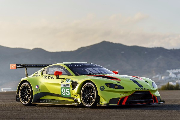 ASTON MARTIN RACING REVEALS 2018 VANTAGE GTE