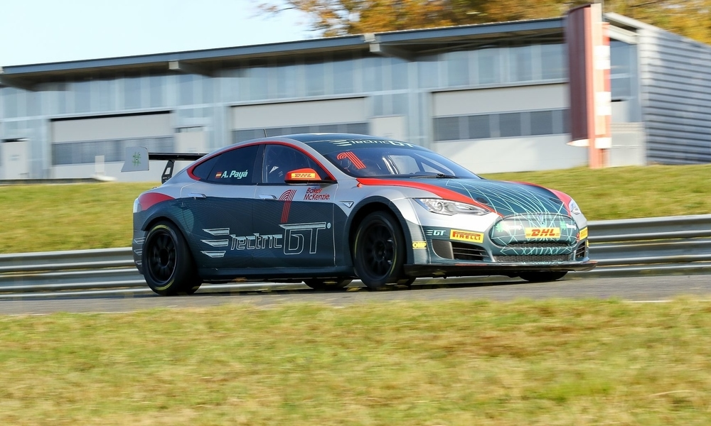 TRACK TEST: e-racing365 Takes Electric GT Tesla for a Spin