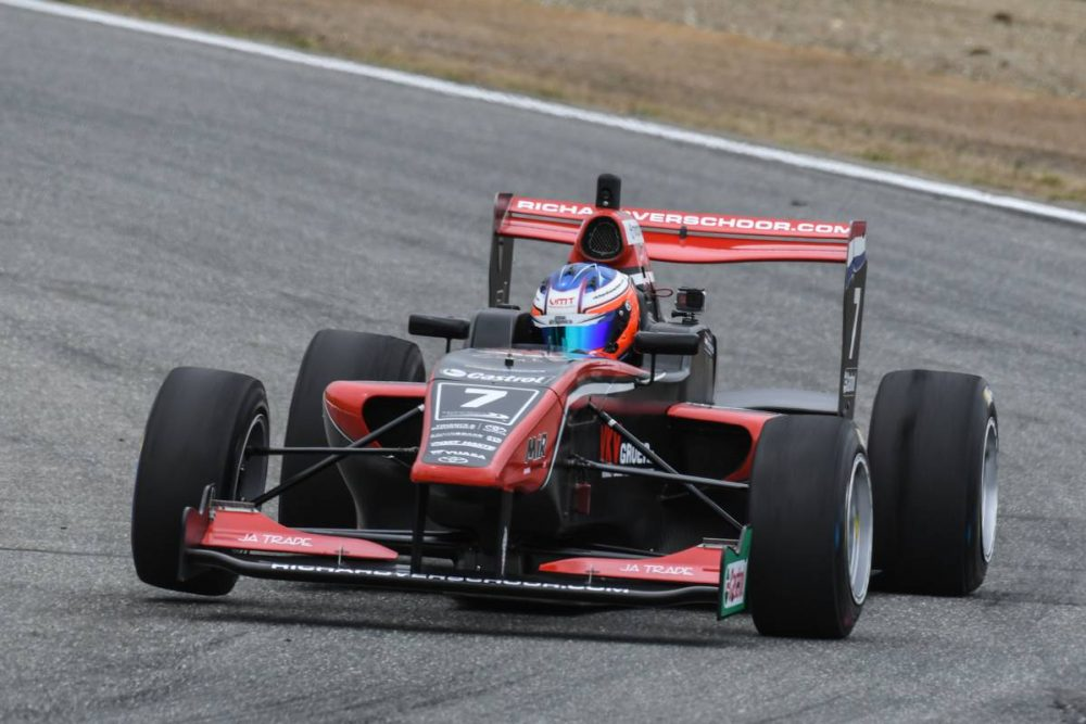Motorsport: Verschoor starts Toyota Racing Series fightback