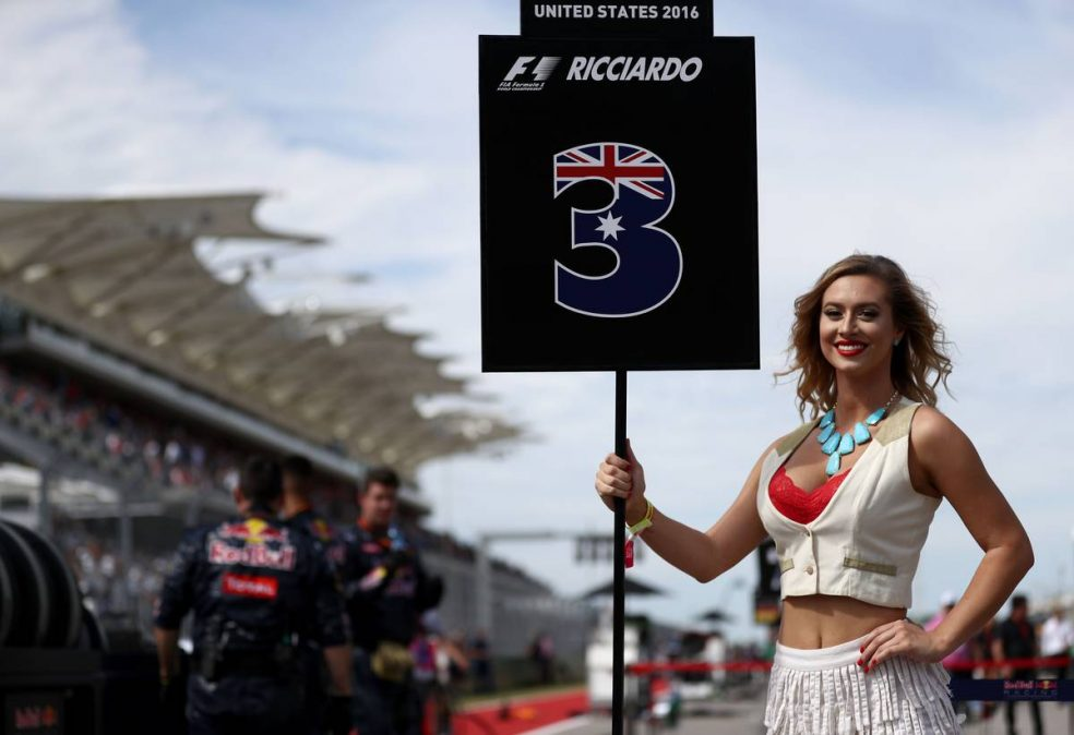 Bob McMurray: Why all the fuss about grid girls?
