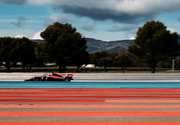 Russell on top during final day of Le Castellet test