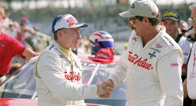 Mark Martin details 'Intimidator's gamesmanship on new podcast