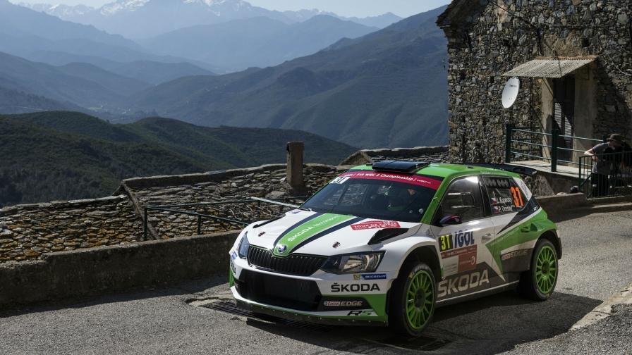 WRC 2 in France:Kopecký pulls away