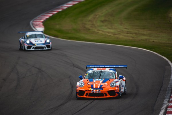 FURIOUS PRACTICE PACE SETS PORSCHE CARRERA CUP GB SCENE FOR DONINGTON