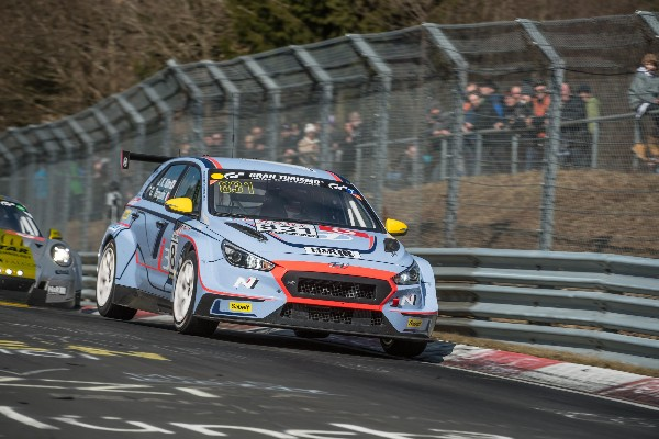 HYUNDAI N ENTER TWO i30 N TCR FOR NÜRBURGRING 24 HOURS