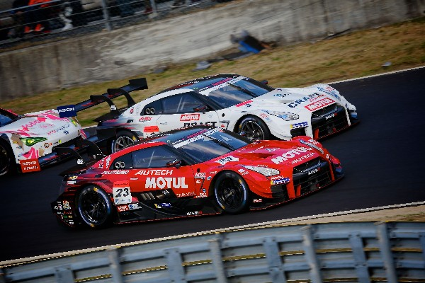 NISSAN GT-R NISMO GT500 SQUADS FIGHT BACK AT OKAYAMA