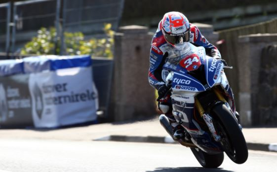 TRIUMPHS AT THE NW200 AND IN THE IDM