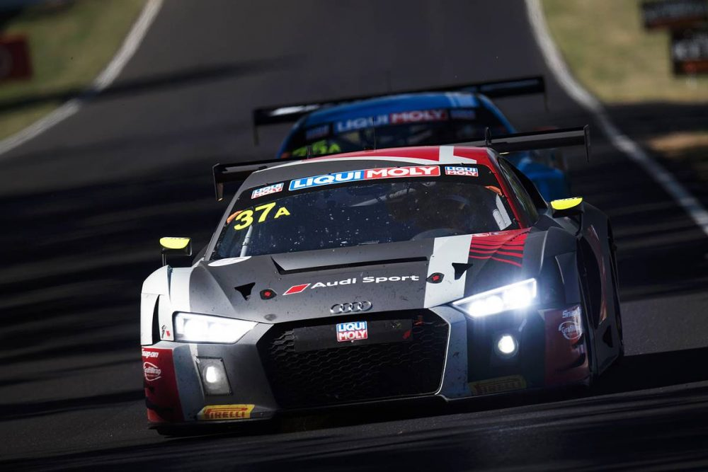 Motorsport: Software glitch costs Kiwi Earl Bamber Bathurst podium