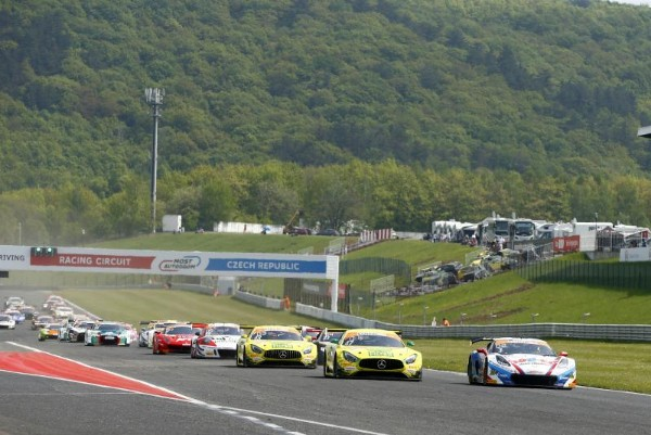 GOTZ AND POMMER IN MERCEDES-AMG WIN IN THE ADAC GT MASTERS IN SWELTERING CONDITIONS AT MOST