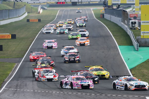 PODIUM AND POINTS FOR BWT MUCKE MOTORSPORT IN ADAC GT MASTERS SEASON OPENER