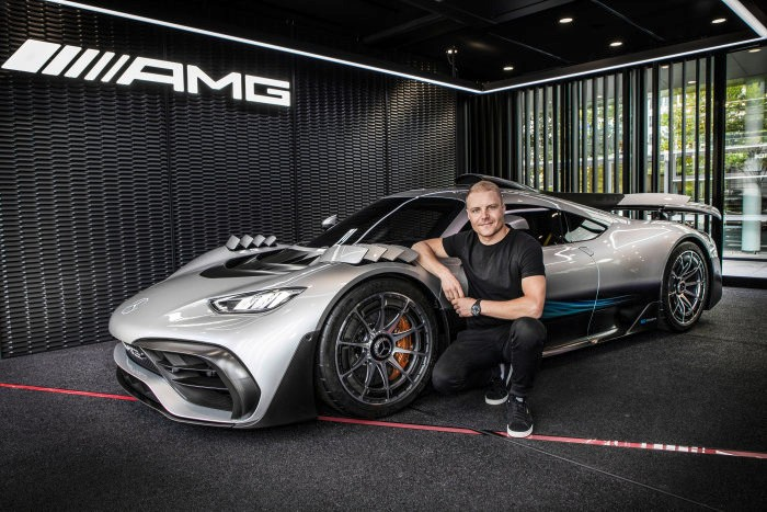 D530996-Name-chosen-for-exclusive-production-vehicle-Hypercar-to-be-called-Mercedes-AMG-ONE