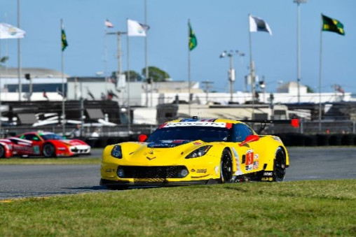 CORVETTE RACING AT SEBRING: 'SUPER' WEEKEND ON TAP FOR CORVETTE C7.RS_5c88ce2ece479.jpeg