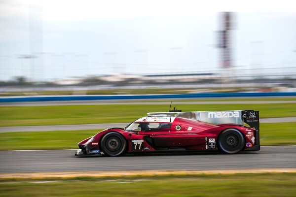 MAZDA TEAM JOEST RESETS FOR SEBRING_5c8999e467402.jpeg