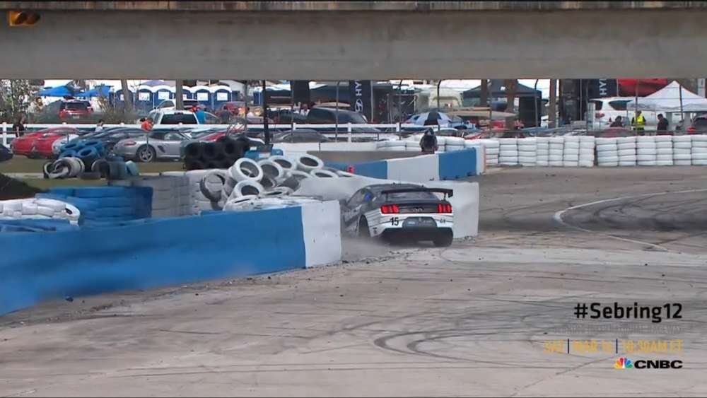 Michelin Pilot Challenge 2019. Sebring International Raceway. Crash_5c8be5d9d660e.jpeg