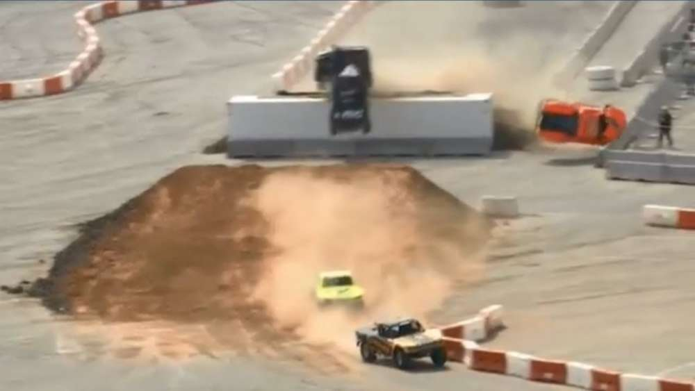 Stadium Super Trucks 2019. Race 1 Texas Motor Speedway. Big Crash_5ca0f46ca0d7e.jpeg