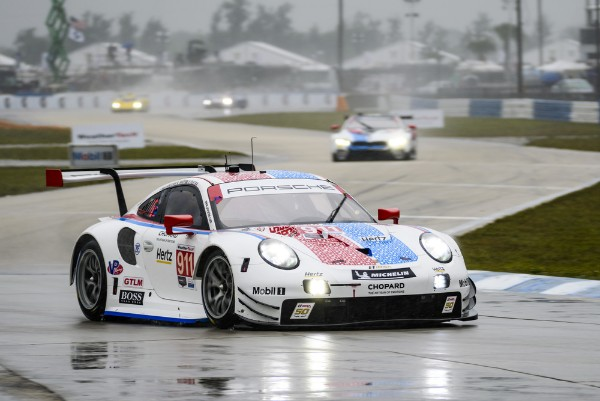 SUPER IN SEBRING: PORSCHE ALSO WINS THE TWELVE-HOUR RACE_5c8e2ac7a2a5c.jpeg