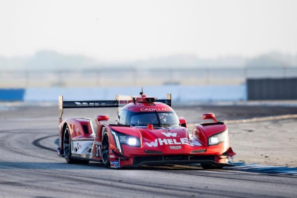 CADILLAC RACING TEAMS HEADING WEST LOOKING FOR IMSA HAT TRICK_5cacb24ddacf4.jpeg