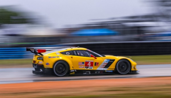 CORVETTE RACING AT LONG BEACH: THIRD STRAIGHT WIN ON TAP?_5cad935bab52a.jpeg