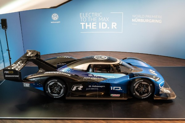 MOTORSPORT WITH ELECTRIC DRIVE: DOUBLE WORLD PREMIERE FOR THE NEW VOLKSWAGEN ID. R_5cc0ab72bcae3.jpeg