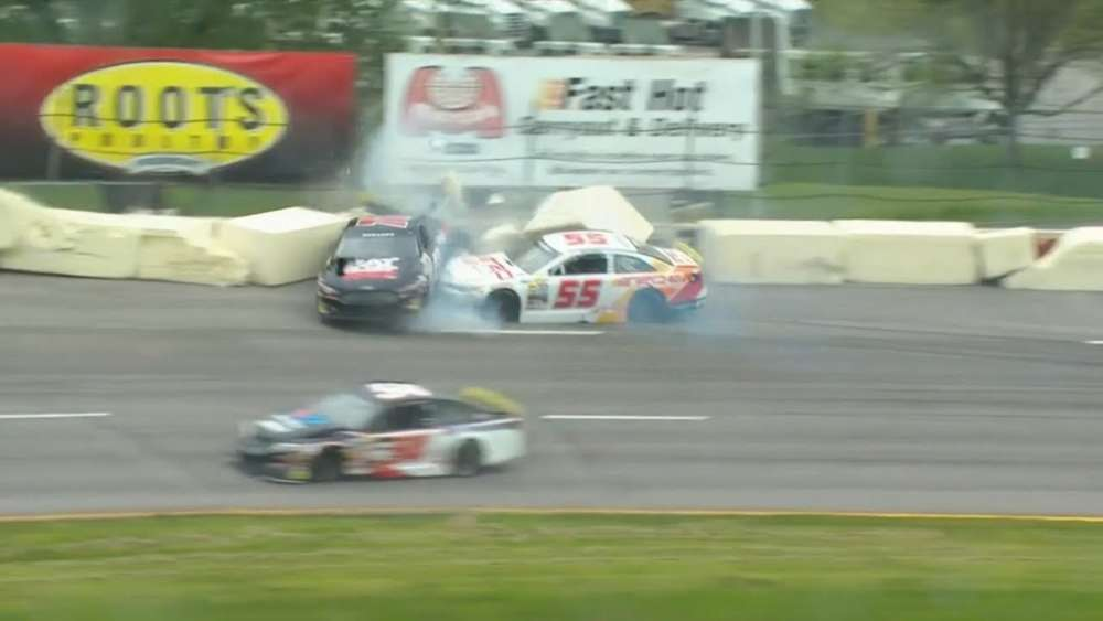 ARCA Menards Series 2019. Toledo Speedway. Joe Graf Jr. & Hailie Deegan Crash_5ce46de070eb8.jpeg