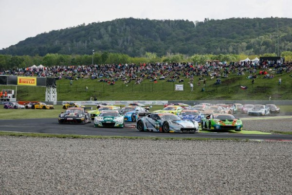 CORVETTE DUO POMMER AND KIRCHHOFER CRUISE TO ADAC GT MASTERS VICTORY AT MOST
