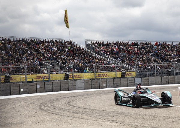 DISAPPOINTING END TO BERLIN E-PRIX FOR JAGUAR RACING_5ce96d17660ab.jpeg