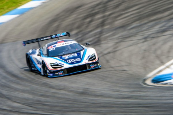 HENRIQUE CHAVES OVERCOMES DIFFICULTIES AT HOCKENHEIM
