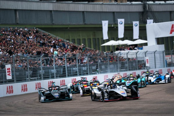 NISSAN E.DAMS TAKES FIFTH POLE AND THIRD FORMULA E PODIUM_5ce9a32460317.jpeg