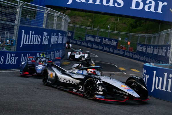 NISSAN E.DAMS' BUEMI TAKES FORMULA E PODIUM AT HOME RACE_5d0f334ca9eb0.jpeg