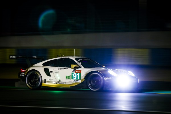 PORSCHE GT TEAM DISPLAYS STRONG TEAM EFFORT IN LE MANS FIRST QUALIFYING_5d01fab7995b5.jpeg