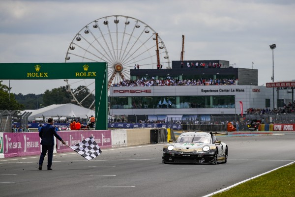 QUADRUPLE TRIUMPH IN WORLD CHAMPIONSHIP: PORSCHE WINS ALL GT TITLES_5d06948a87fe6.jpeg