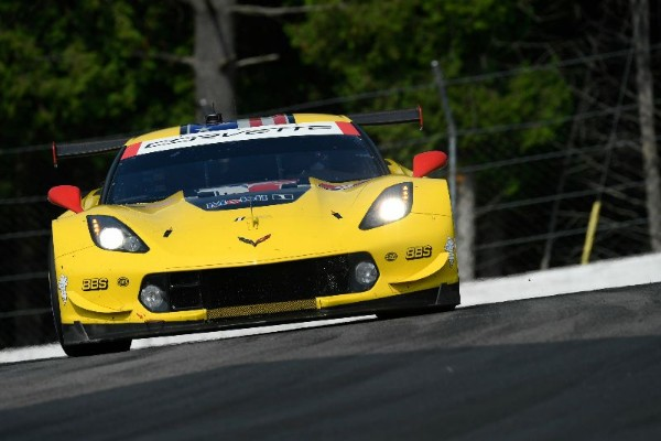 CORVETTE RACING AT ROAD AMERICA: BACK TO THE HOLYGRAIL
