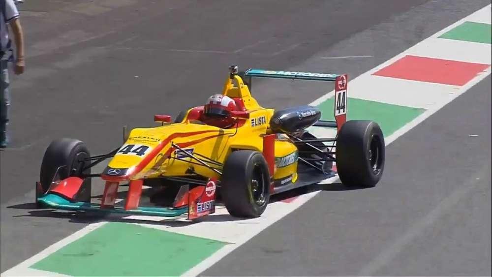 F2000 Italian Trophy 2019. Race 1 Autodromo del Mugello. Last Lap Leaders Big Crash Red Flag_5d35b03668456.jpeg