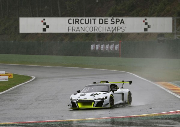 PROMINENT APPEARANCE OF THE AUDI  R8 LMS GT2 AT SPA_5d3c81d4434cf.jpeg