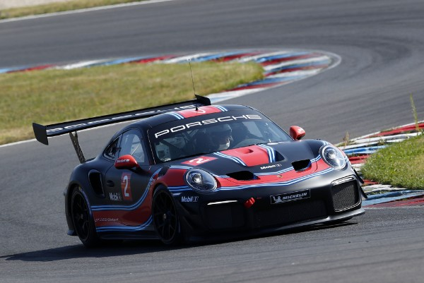 RACE DEBUT AT SPA FOR THE PORSCHE 911 GT2 RS CLUBSPORT AND THE PORSCHE 935