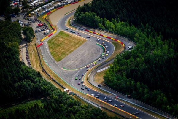 THE EXPERT'S GUIDE TO THE 24 HOURS OFSPA