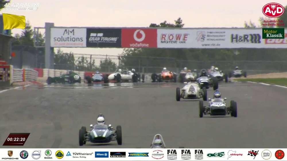AvD Oldtimer Grand Prix (FIA Lurani Trophy für Formel Jr. Fahrzeuge) 2019. Race 2. Oil Slick Pile Up_5d501fda4479f.jpeg