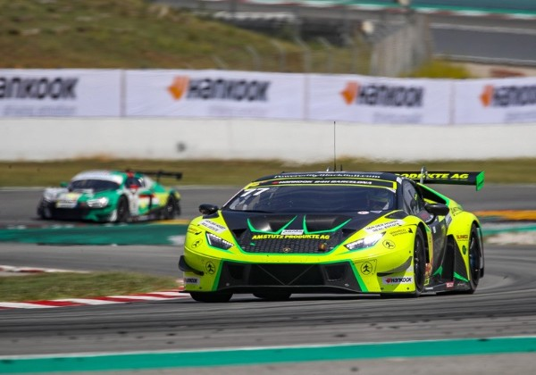 BARWELL MOTORSPORT ON A CHARGE AT THE 24H BARCELONA_5d6ab41144ca3.jpeg