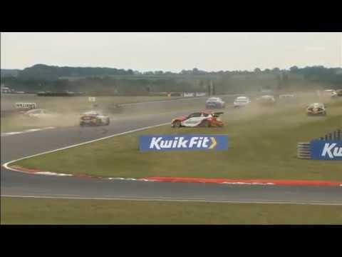 BTCC 2019. Race 3 Snetterton Circuit. Start Multiple Collide_5d4979442cddc.jpeg