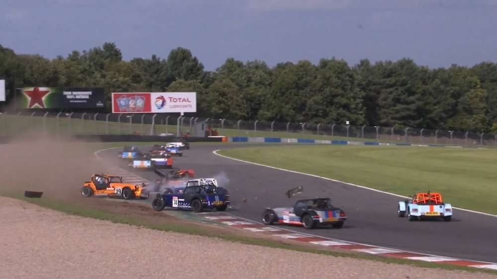 Caterham Roadsport 2019. Race 1 Donington Park. Big Pile Up Red Flag_5d601f7c46d51.jpeg