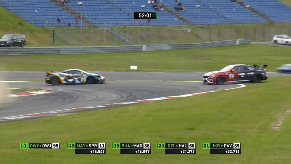 Felix von der Laden Crash Unfall GT4 Germany Nürburgring_5d57d67c1decb.jpeg