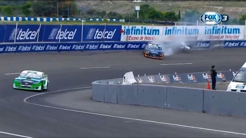 NASCAR FedEx Challenge 2019. Race Autódromo de Querétaro. Javier Fernández Crash_5d4c396623b57.jpeg