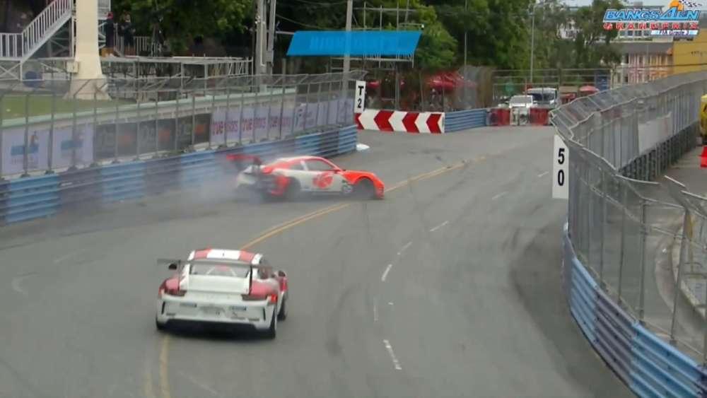 Porsche Carrera Cup Asia 2019. Practice 2 Bangsaen Grand Prix. Crash_5d693001083d4.jpeg